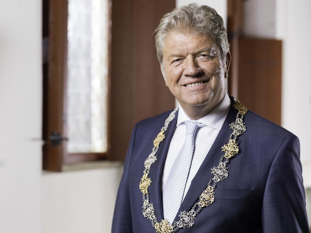 Burgemeester van gemeente Bergen op Zoom Frank Petter - foto Nick Franken